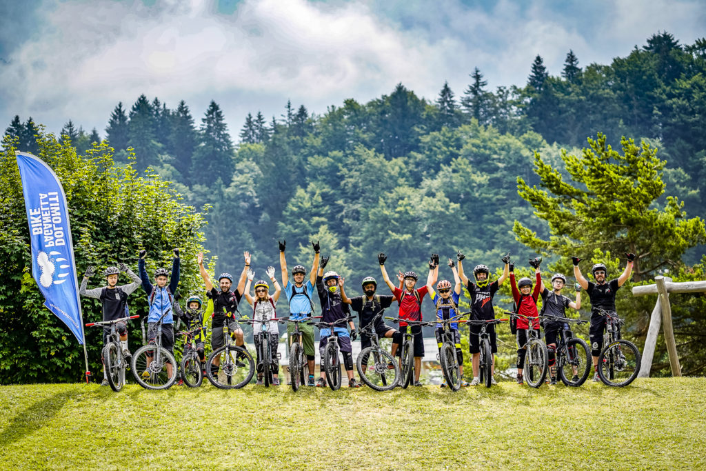 MOUNTAIN BIKE SUMMER CAMP